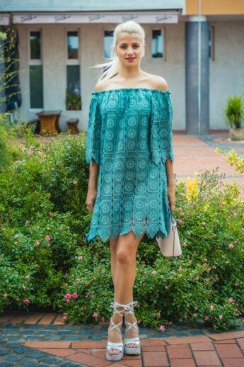 Cloé zöldszínű csipke ruha