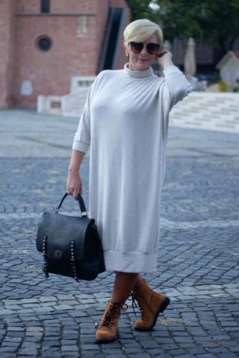 Sarah bézs színű finom kötött maxi pulcsi