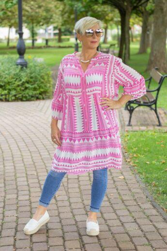 Fehér alapon pink mintás fodros tunika-ruha