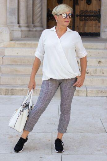 Fekete-fehér kockás nadrág