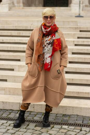 Laura bézs színű extra vastag pamut kabát