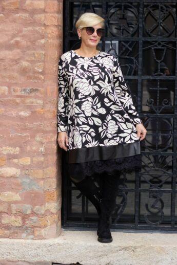 Pearl fekete alapon fehér mintás tunika-ruha, alján bőrhatású díszítés fekete csipkével