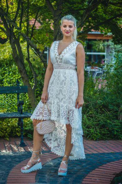 Adele ujjatlan,fehér arany hímzéses, csipke maxi ruha