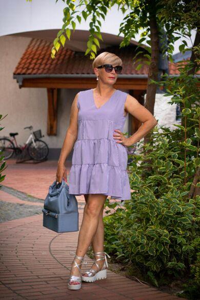 kék-fehér csíkos, fodros pamut-vászon ruha
