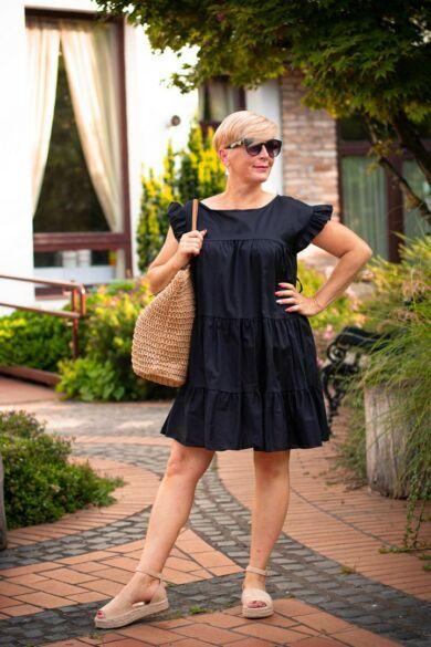 Pamela fekete fodros ruha