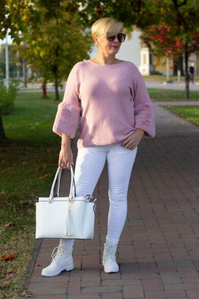 Melissa púderszínű puha kötött pulóver