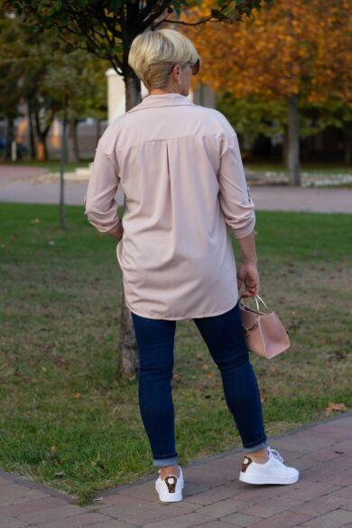 Púderszínű, vállrésznél gyöngyös ing