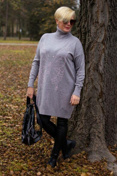 Alexa szürke elején ezüst kövekkel díszített, garbó nyakú kötött pulóver