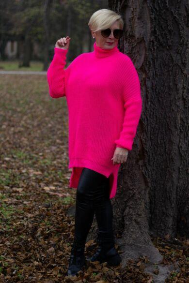 Luna pink színű kötött pulóver garbó nyakkal