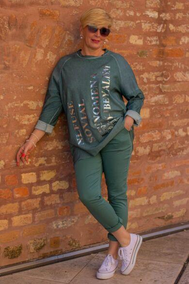 Zöld színű rugalmas pamut-vászon nadrág, gumis derékrésszel