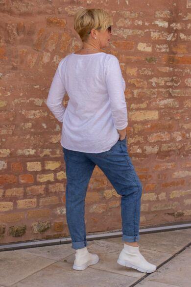 Laza stílusú puha farmer-vászon nadrág, derékrészén gumírozott