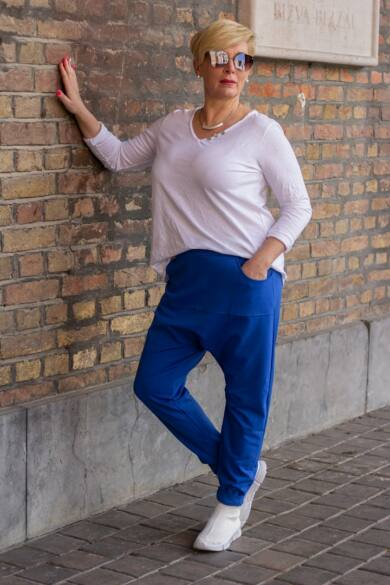 Kékszínű pamut ülepes nadrág