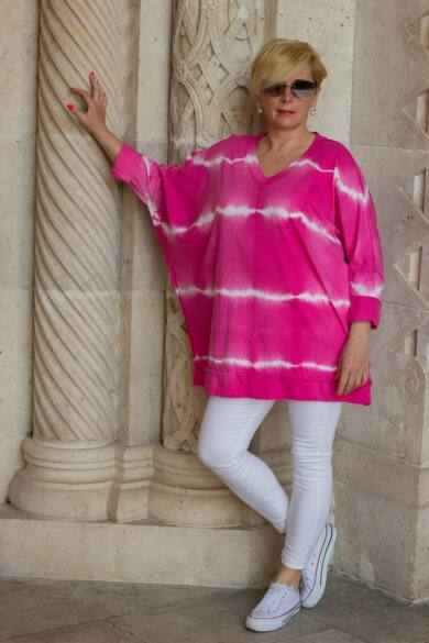 Pink batikolt, V nyakú pamut felső