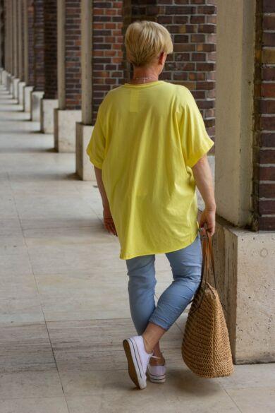 Sárga elöl lenvászon felső Love felirattal, hátán pamut