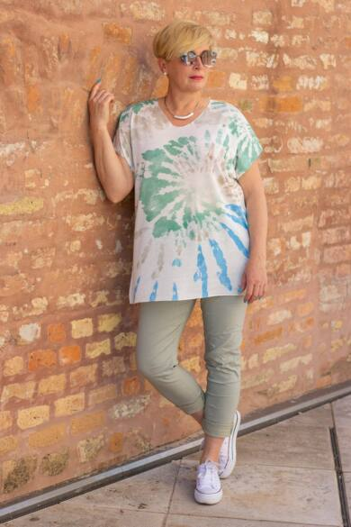 Menta zöld színű, gumírozott derekú rugalmas pamut-vászon nadrág
