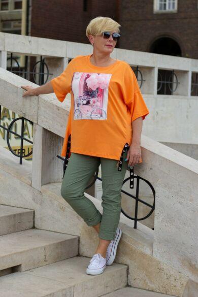 Narancs póló elején rózsaszínű lufik