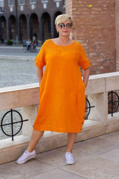 Léna narancs színű len-vászon ruha, oldalán zsebbel