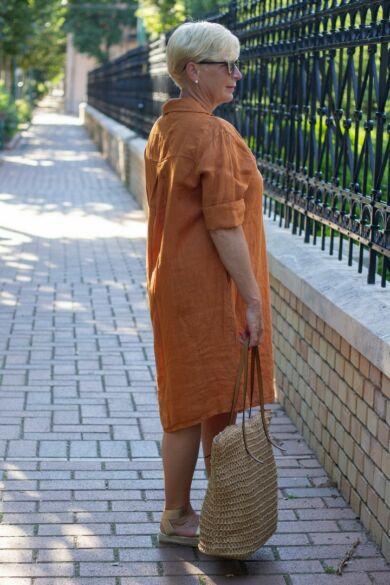 Tégla színű galléros len ruha zsebbel