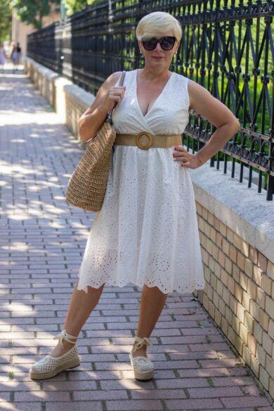 Alina fehér madeira csipke ruha