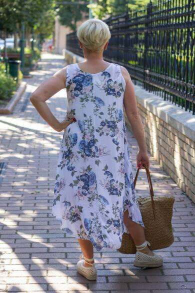 Virágmintás muszlin ruha