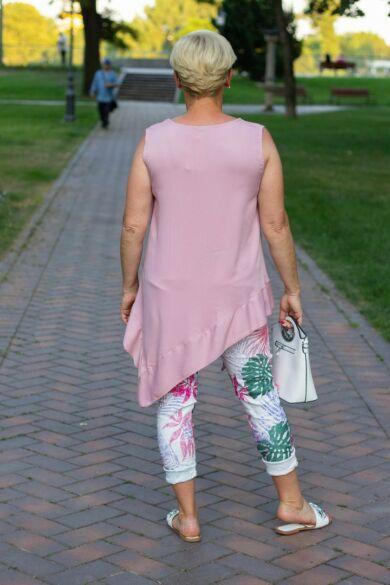 Fehér alapon színes mintás nadrág