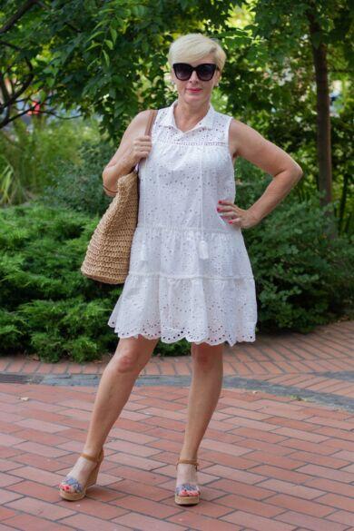 Héra fehér madeira csipke ruha