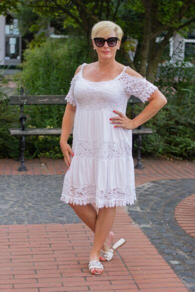 Bonita fehér csipke ruha