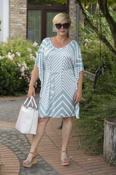 Zöld-fehér csíkos lepel ruha