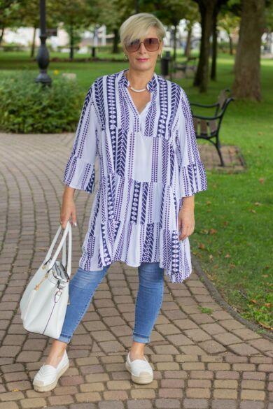 Fehér alapon kék mintás fodros tunika-ruha