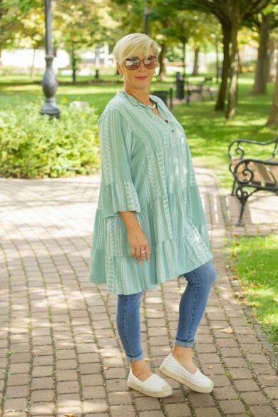 Menta zöld alapon fehér mintás fodros tunika-ruha