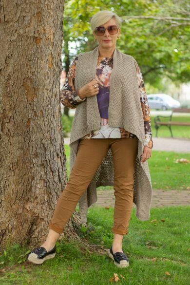 Rozsda színű, gumírozott derekú rugalmas pamut-vászon nadrág