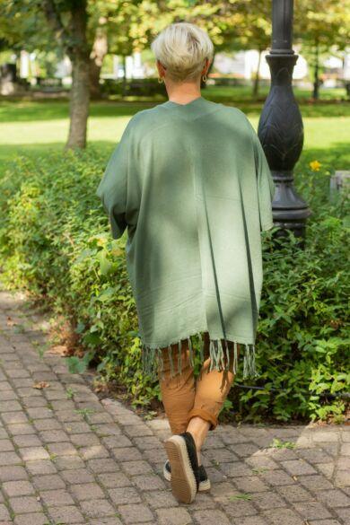 Zöld pelerin puha kötött mellény