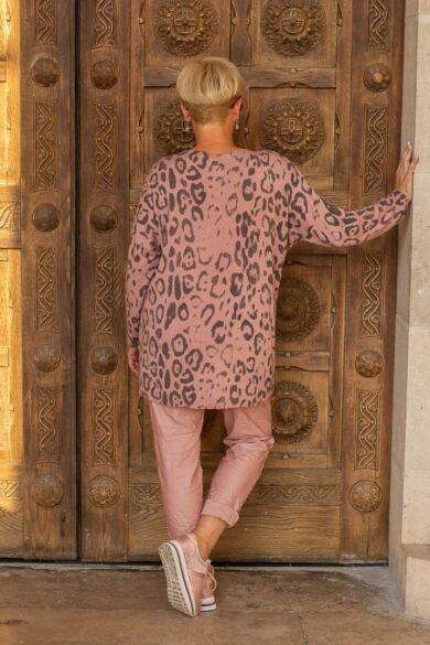Désy púder szín alapon mintás puha pulóver