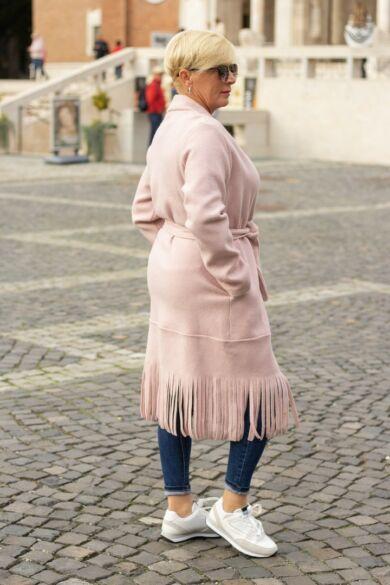 Lorena szürke, alján rojtos kabát