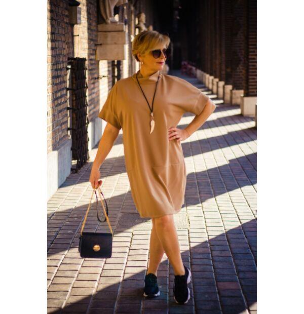 Sophia karamell színű laza stílusú tunika-ruha