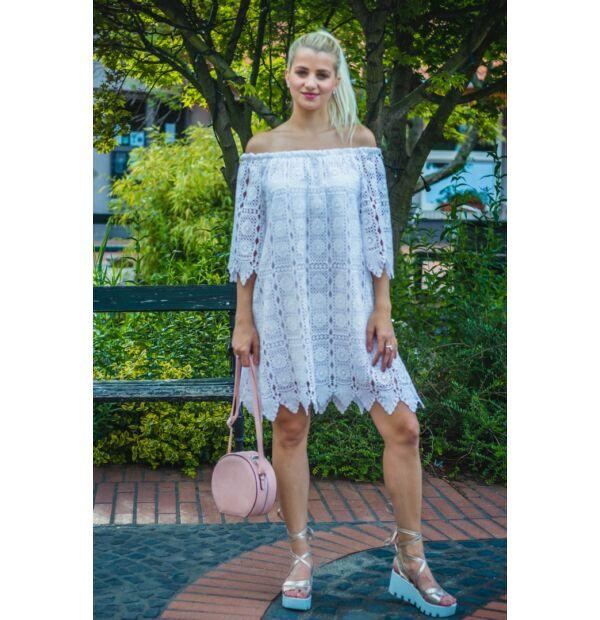 Cloé fehér csipke ruha