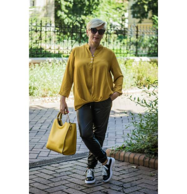Mustárszínű elején félig gombos ing