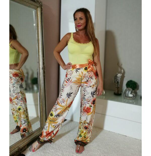 Halványsárga alapon virágos selyem nadrág + sárga csipkés pamut trikó szett