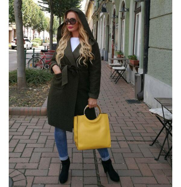 Bona szövet kabát, khakizöld színű, kapucnis, derékrésznél megkötős