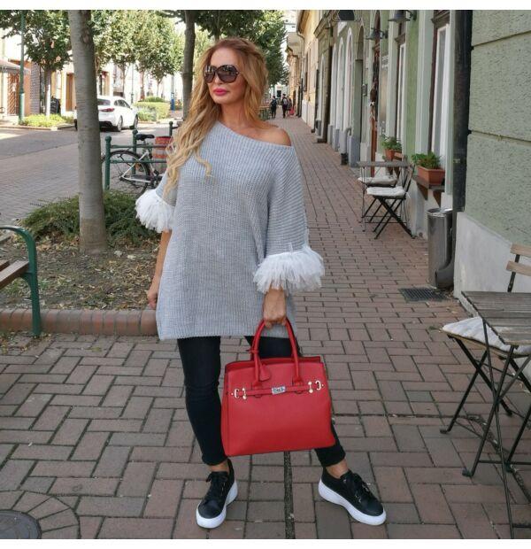 Angelina szürke színű, tülldíszítésű kötött pulcsi
