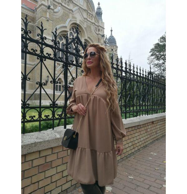 Pamela  A vonalú karamell színű ruha