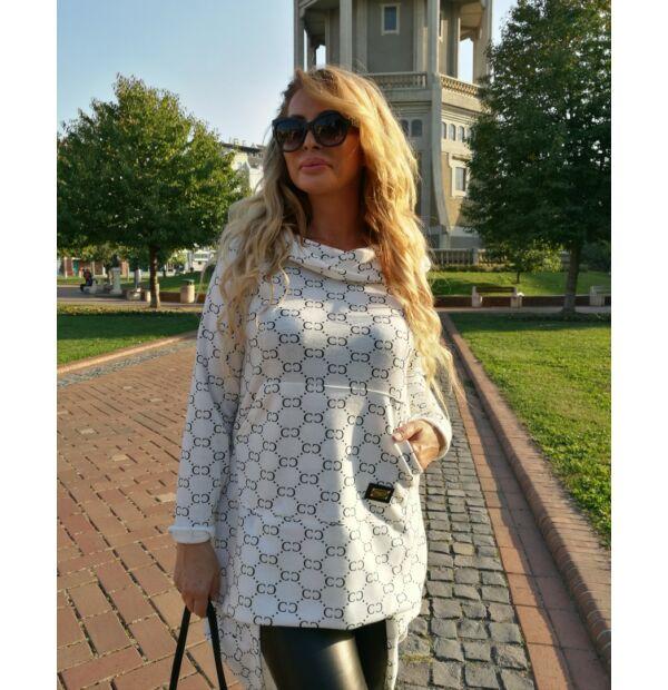 Arianna fehér színű kapucnis, zsebes tunika