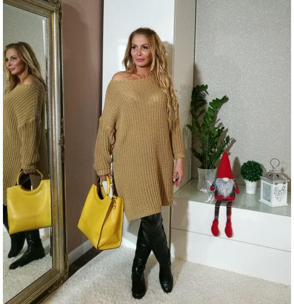 Karamell laza stílusú kötött pulcsi