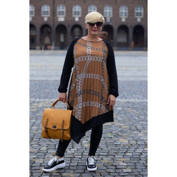 Rozsdaszín alapon mintás, pliszírozott ék aszimmetrikus tunika-ruha