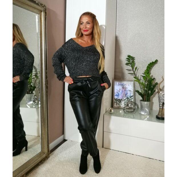 Fekete-ezüst kötött pulcsi
