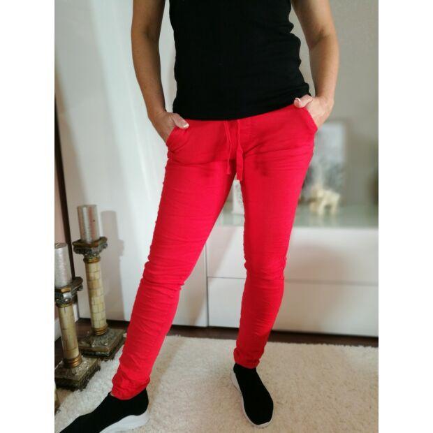 Piros gumis derekú  farmernadrág XL-es